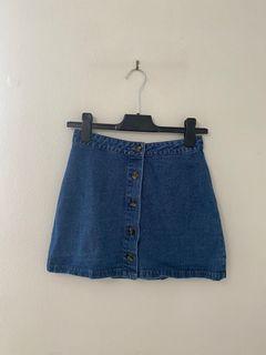 FOREVER 21 blue denim/ jean skirt - SIZE SMALL
