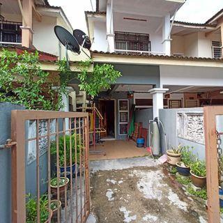 Freehold Townhouse Desa Puteri, Bandar Tasik Puteri, Rawang (Ground Floor)