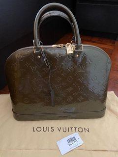 Louis Vuitton Alma Vernis