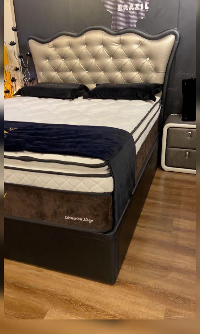 Queen Size Mattress W Storage Bed, Sleigh Bed Queen Size Mattress