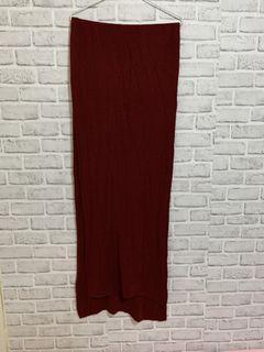 暗紅色圍巾