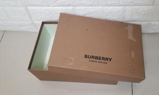 🛑清仓 Clearance Sale🛑 Burberry Gift Box $30❗