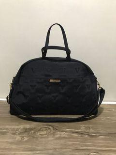 🍃AUTHENTIC Bernardo Valentino Italy Overnight Bag