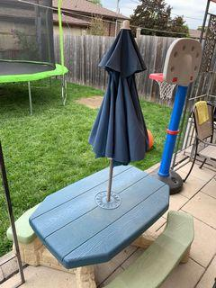 Children's picnic table with umbrella