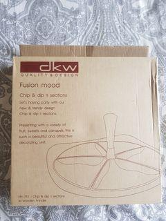 DKW Chip & Dip 5 Section tray 4 Sale.