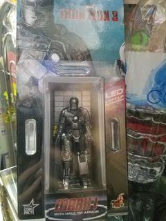 全新原裝正貨hot toys Iron Man 3 發光 mark I