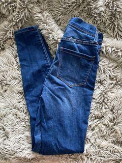 Skinny Jeans (dark wash)