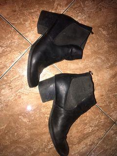 Boots H&M