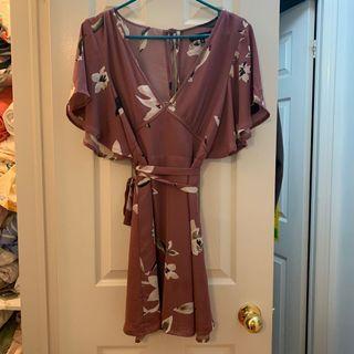 Dynamite floral dress medium