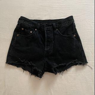 Levi's 501 black shorts