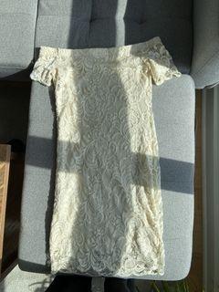 No brand/ Beige lace dress/ XS/ Used/ $5