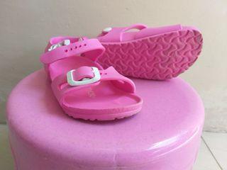 Sepatu sandal anak Birkenstock