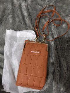 Slingbag plus wallet