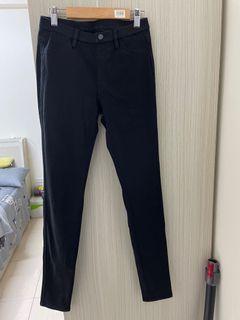 Uniqlo黑色彈性長褲