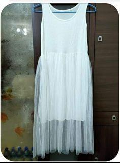 全新白色長紗裙