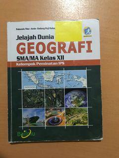 Buku paket geografi bailmu kelas 12