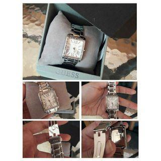 Preloved Jam Tangan Guess Authentic