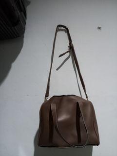 Sling Bag Cokelat Cewek