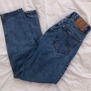 zara medium wash high waisted mom jeans, size 24