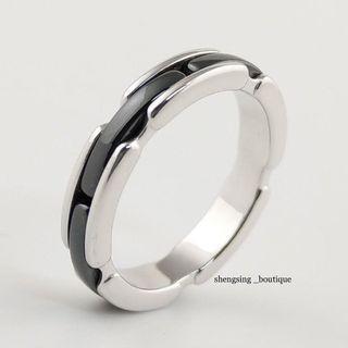 (專櫃售價6萬)[二手正品]Chanel ultra系列 18k白金+黑陶瓷 戒指 55號