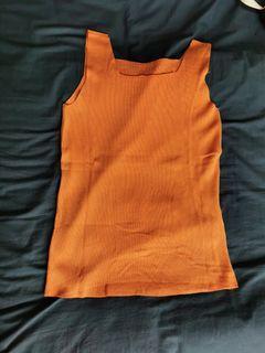 (Sold) 橙色背心