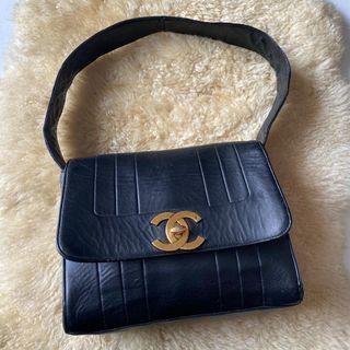 Chanel Shoulder vintage no holo recolor