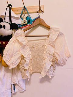 法式歐美泡泡袖鏤空刺繡荷葉邊上衣