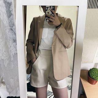 韓國東大門代購購入 皮革短褲