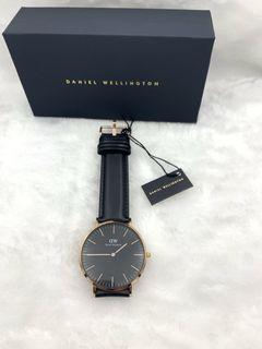 Daniel Wellington 時尚皮革手錶-黑+玫瑰金/40mm-DW00100127