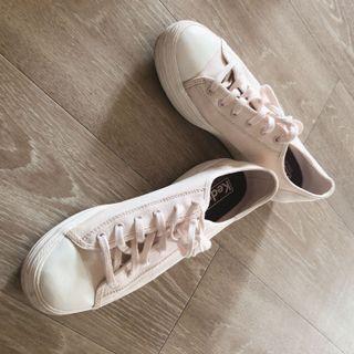 Keds粉紅色帆布鞋