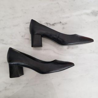 Nine West Black Leather Block Heel Aceline Pumps