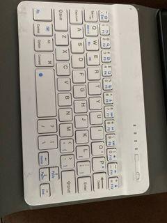 Samsung Tab A 8.0 with stylus keyboard