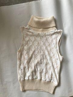 Vintage Lace Turtleneck Sleeveless Top