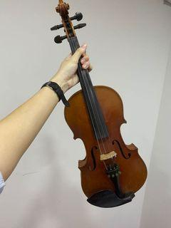 Antique Antonius Straduarius Full size Violin