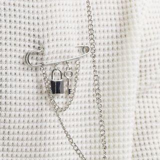 Earring to the brooch with mundane charms in silver #NakUpgrade