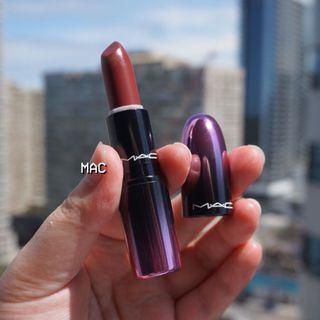 EUC🌿 MAC Love Me Lipstick #Bated Breath