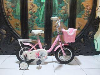 giant 捷安特12吋kj125兒童腳踏車附輔助輪,車燈,鈴鐺,側腳架適合身高90-100之間