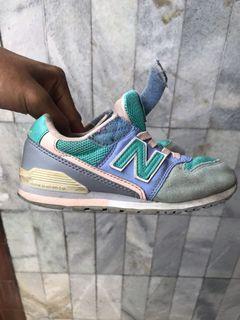Sepatu New Balance (kids) original