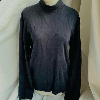 Uniqlo Turtle Neck Sweater Preloved Baju