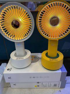 Yase 最大size2021最新搖頭手持風扇 +夜燈