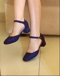 Yongki Komaladi Heels Biru Tua Navy Crystals Sepatu Hak Tinggi Ankle Strap #sepatudicari