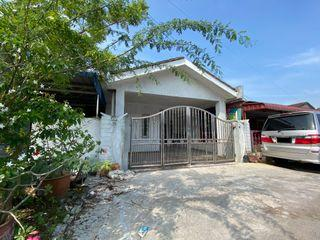 Freehold refurbished and renovated single storey Taman Dato Hormat Telok Panglima Garang