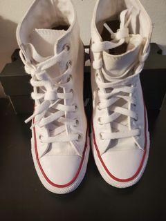 LNIB) Wmns Size 6.5 Converse All Star white