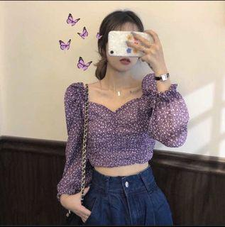 全新✨紫色碎花公主袖上衣