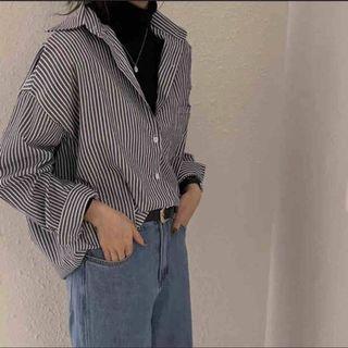 灰藍條紋襯衫