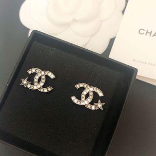 保留)Chanel 經典cc logo搭配星星耳環耳針式