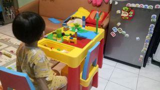 Meja Lego Toys Kingdom