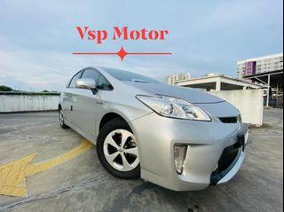 Toyota Prius 1.8 At~ new facelift (Hybrid)