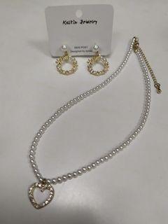 愛心珍珠項鍊+珍珠耳環$100