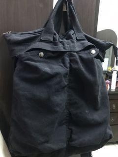 復古大容量黑色後背包